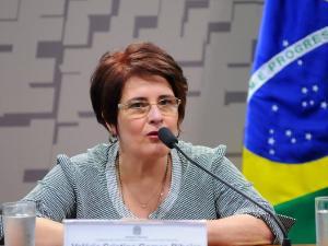 Valéria Cristina Gomes Ribeiro